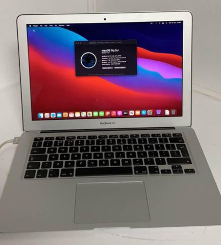 """Apple MacBook Air A1466 core 15 integrated 4GB DDR3 128GB SSD 13.3"""""""